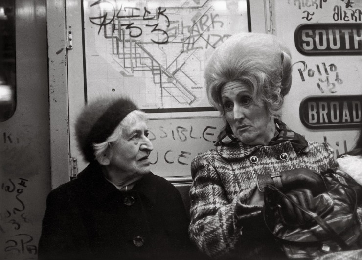 helen-levitt-subway-photographs-8